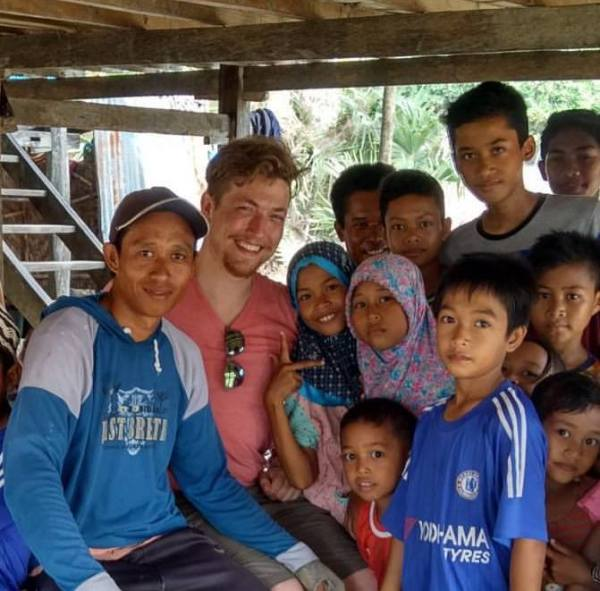 Jared is in Sulawesi conducting assessments of community mangrove management